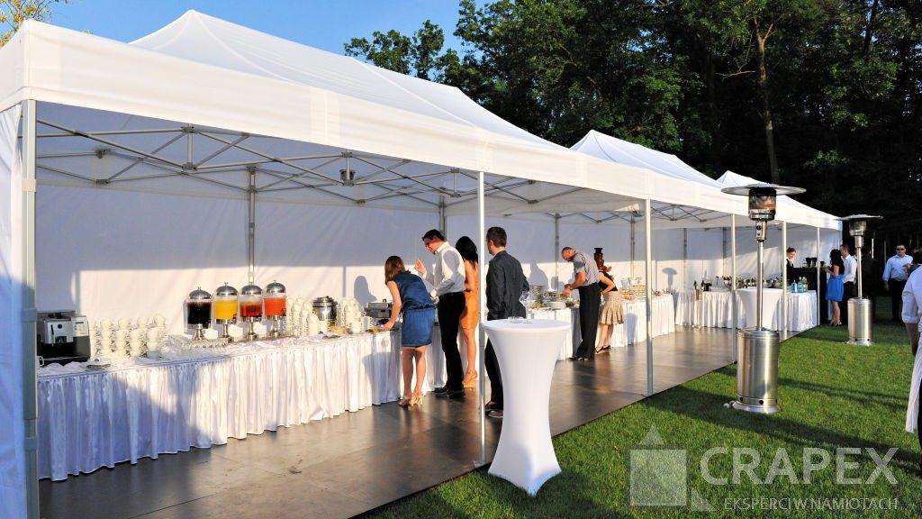 namioty cateringowe nabufety przyjecie wogrodzie 1024x576