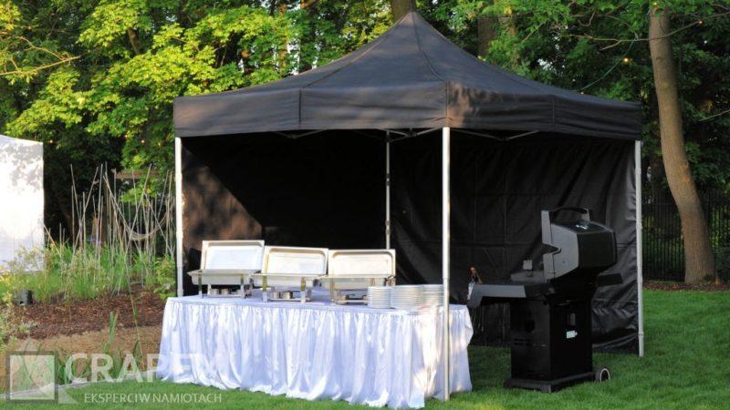 czarny namiot cateringowy do grilla wynajem 800x450