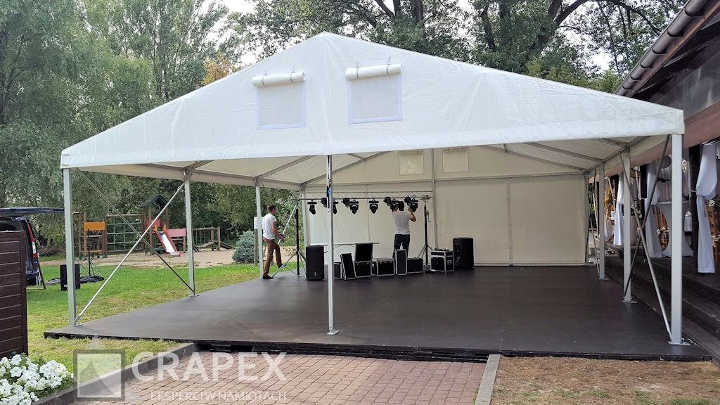 halowy namiot imprezowy ALFA jako zadaszony parkiet taneczny wynajem zmontazem