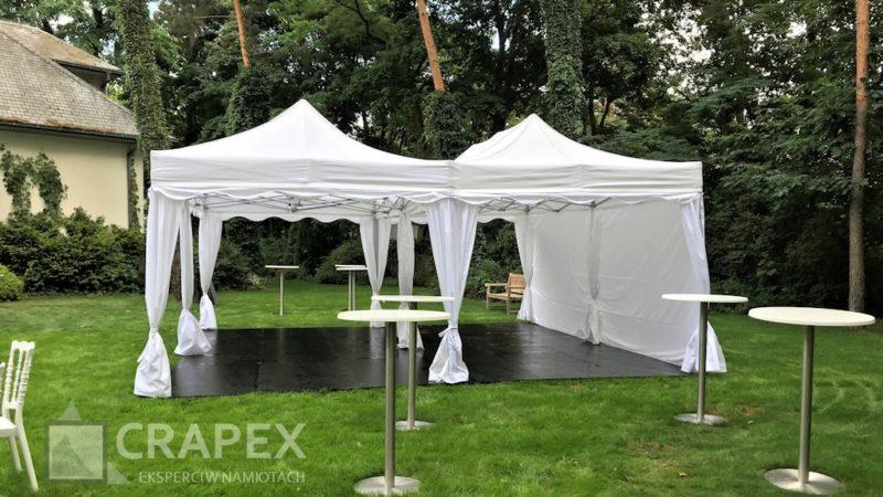 namioty bankietowe podloga drewniana wynajem impreza w ogrodzie 800x450
